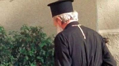 Πάτρα : Ιερέας πρωταγωνιστής σε ταινία πορνό; - Φωτογραφία 1