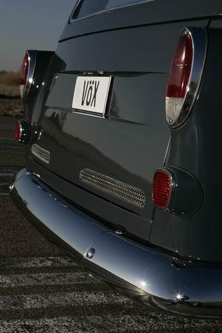 ΑΠΙΣΤΕΥΤΗ ΚΟΝΤΡΑ: Volvo του 1969 τα ρίχνει σε Ferrari! [BINTEO & ΦΩΤΟ] - Φωτογραφία 8
