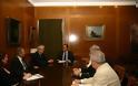 Συνάντηση Υπουργού Εθνικής Άμυνας Πάνου Παναγιωτόπουλου με τον Πρόεδρο της Ένωσης Ελλήνων Εφοπλιστών Θεόδωρο Βενιάμη