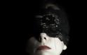 Ζήνα Κουτσελίνη: Στην πιο ανατρεπτική φωτογράφιση της ζωής της! - Φωτογραφία 2