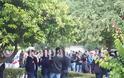 Πάτρα: Θρήνος και αναπάντητα γιατί στην κηδεία του Kώστα Φράγκου - Αλήτες φώναζε ο πατέρας του - Δείτε φωτο - Φωτογραφία 7