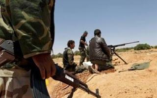 Μάχες στη Συρία για τον έλεγχο πετρελαϊκών εγκαταστάσεων - Φωτογραφία 1