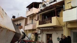 Με εξώδικα και μηνύσεις θα διεκδικήσουν τις αποζημιώσεις για τις καταστροφές από την πτώση του πυλώνα - Φωτογραφία 1