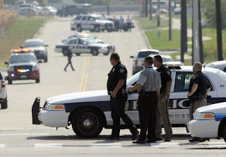 Χιούστον: Άνδρας κρατούσε αιχμάλωτα άτομα στο γκαράζ ενός σπιτιού - Φωτογραφία 1