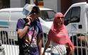 Αναζητώντας στιγμές δροσιάς στους δρόμους του Ηρακλείου - Φωτογραφία 4