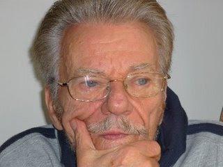 Πέτρος Φυσσoύν: Στο νοσοκομείο έπειτα από την έξωση που του έκαναν - Φωτογραφία 1