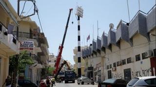 Ηράκλειο: Πυλώνας φωτισμού «έσκασε» στη μέση του δρόμου! - Φωτογραφία 1