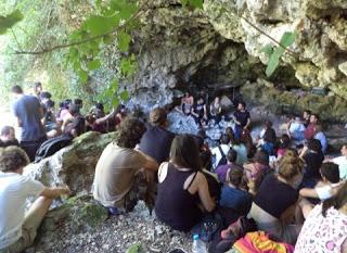 Συνάντηση ελπίδας και πολιτισμού στο Αστρίτσι - Φωτογραφία 1