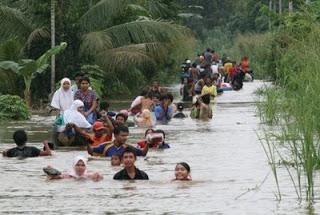 Μιανμάρ: Θανάσιμες πλημμύρες - Φωτογραφία 1