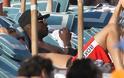 Φωτογραφίες από τις διακοπές του Μπαλοτέλι στη Μύκονο - Φωτογραφία 4