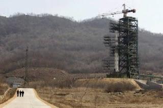 Παραδέχτηκε η Πιονγιάνγκ την πτώση του πυραύλου - Φωτογραφία 1
