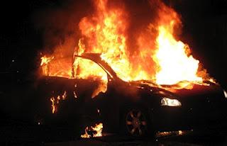 Μεταξουργείο: Φωτιά σε αυτοκίνητο - Φωτογραφία 1