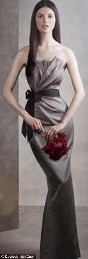 Γκάφα με Photoshop σε μοντέλο του οίκου μόδας της Vera Wang - Φωτογραφία 2