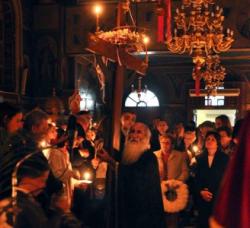 Βουλγάρες έκλεβαν τα πορτοφόλια εκκλησιαζομένων την ώρα της λειτουργίας - Φωτογραφία 1