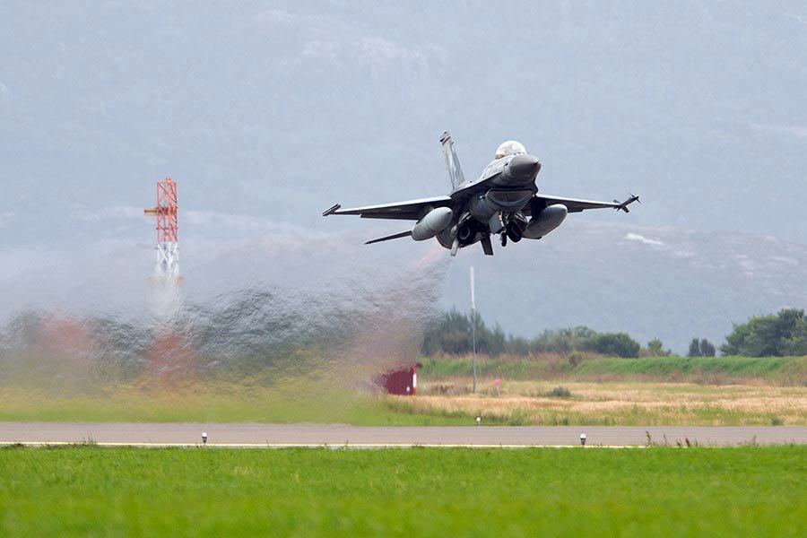 Η Ελληνίδα αμαζόνα των F 16 που εντυπωσίασε το ΝΑΤΟ - Φωτογραφίες - Φωτογραφία 5