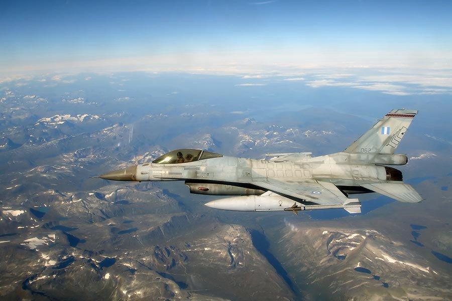 Η Ελληνίδα αμαζόνα των F 16 που εντυπωσίασε το ΝΑΤΟ - Φωτογραφίες - Φωτογραφία 8