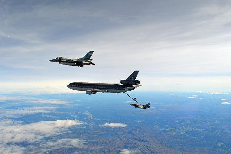 Η Ελληνίδα αμαζόνα των F 16 που εντυπωσίασε το ΝΑΤΟ - Φωτογραφίες - Φωτογραφία 9