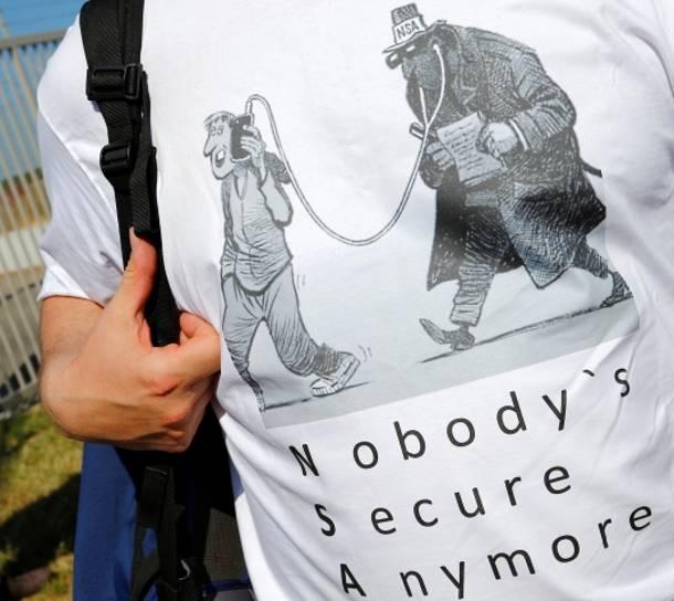 El Mundo: Τουλάχιστον 60 εκατ. κλήσεις υπέκλεψε η NSA στην Ισπανία - Φωτογραφία 1