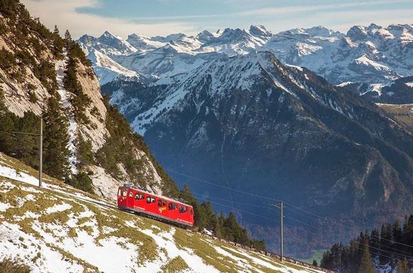 Η πιο απότομη σιδηροδρομική γραμμή στον κόσμο! - Φωτογραφία 3