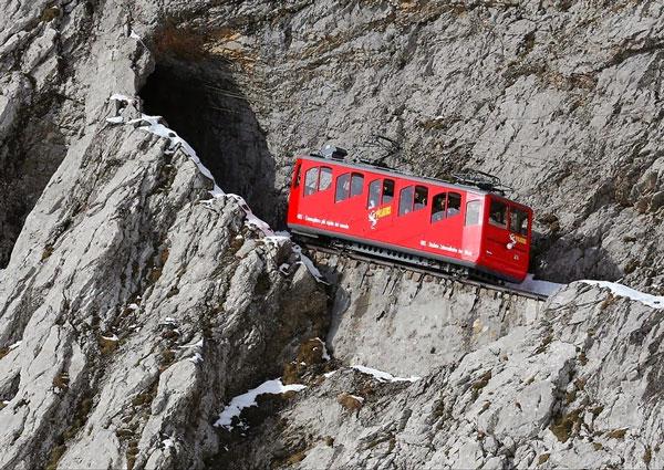 Η πιο απότομη σιδηροδρομική γραμμή στον κόσμο! - Φωτογραφία 5