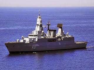 Γερμανικά πολεμικά πλοία ανοικτά των Χανίων - Φωτογραφία 1