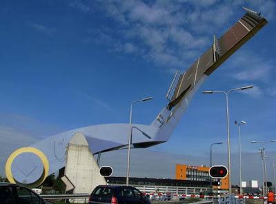 Ιπτάμενη... γέφυρα στην Ολλανδία [Video] - Φωτογραφία 3