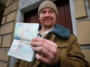 Φεύγουν από τη Ρωσία οι ακτιβιστές της Greenpeace - Φωτογραφία 1