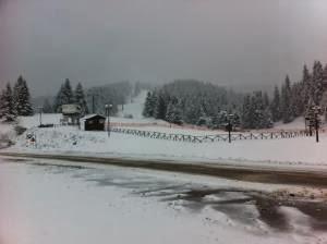 Με χιόνι τα κούλουμα στα Ορεινά Τρικάλων - Φωτογραφία 1