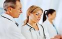 Σε έναν μήνα οι 900 προσλήψεις επικουρικών γιατρών στο ΠΕΔΥ