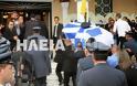 Ανδραβίδα: Χιλιάδες πολίτες αποχαιρέτισαν τον ήρωα αστυνομικό Βασίλη Μαρτζάκλη - Φωτογραφία 7
