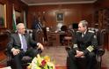 Συνάντηση ΥΕΘΑ Δημήτρη Αβραμόπουλου με τον Αρχηγό Ενόπλων Δυνάμεων της Βουλγαρίας