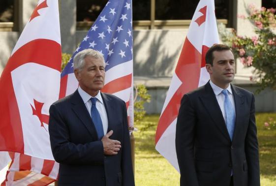 Σοβαρή πολιτική κρίση στη Γεωργία μετά την αποπομπή ΥΠΕΘΑ - Φωτογραφία 1