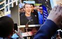 Μάθετε γιατί ο Mark Zuckerberg φοράει πάντα το ίδιο μπλουζάκι - Φωτογραφία 11