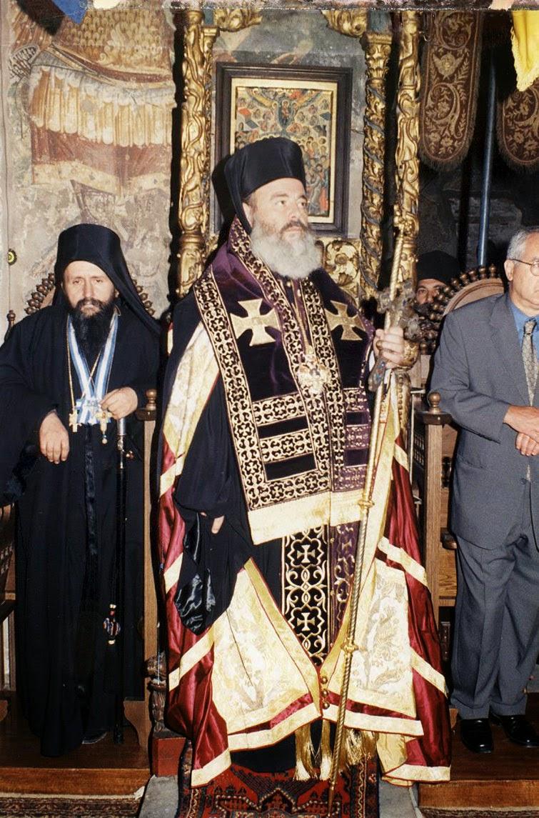 5932 - Ο μακαριστός Αρχιεπίσκοπος Χριστόδουλος στο Άγιο Όρος. Φωτογραφίες από επισκέψεις του - Φωτογραφία 8