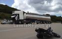 ΤΡΑΓΙΚΟΣ ΘΑΝΑΤΟΣ: Μοτοσικλετιστής σφηνώθηκε κάτω από φορτηγό [ΦΩΤΟ & ΒΙΝΤΕΟ]