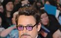 O Robert Downey Jr. συγκρίνει το γιο του με ένα κακό ραντεβού
