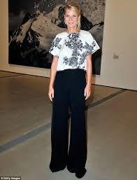Gwyneth Paltrow: Λέει «όχι» στο μπότοξ και δείχνει τις ρυτίδες της - Φωτογραφία 3