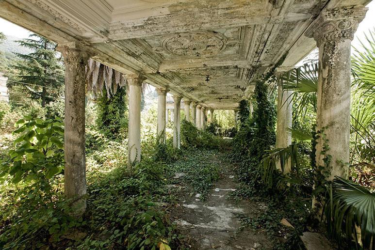Εκεί που η φύση νίκησε τον πολιτισμό... Ανατριχιαστικές φωτογραφίες [photos] - Φωτογραφία 11