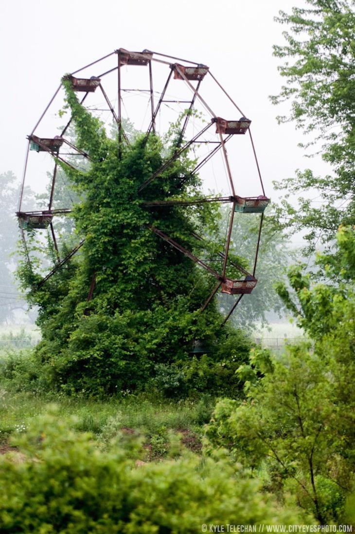 Εκεί που η φύση νίκησε τον πολιτισμό... Ανατριχιαστικές φωτογραφίες [photos] - Φωτογραφία 27