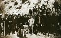 Ο Μουσταφά Κεμάλ έδωσε το σύνθημα: «σκοτώστε τους γκιαούρηδες!..» κι άρχισαν  οι θηριωδίες των Τούρκων και οι στρατολογήσεις στα  « Αμελέ Ταμπουρού» - Φωτογραφία 2