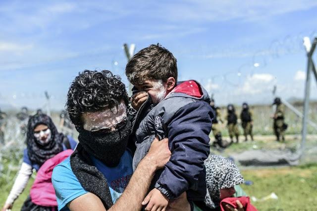 Και παιδιά τραυματίστηκαν στα χθεσινά επεισόδια στην ειδομένη... [photos> - Φωτογραφία 3