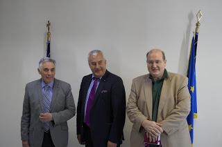 Συνάντηση του υπουργού Νίκου Φίλη και του υφυπουργού Θεοδόση Πελεγρίνη με τον υπουργό παιδείας του γερμανικού κρατιδίου της Βαυαρίας - Φωτογραφία 1
