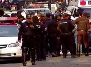 Σοκ! Ένοπλοι σκότωσαν 14 ανθρώπους στο Μεξικό - Φωτογραφία 1