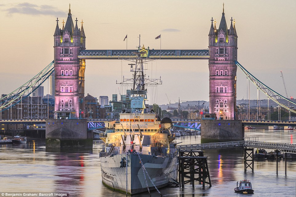 Εκπληκτικές εικόνες από το άδειο Λονδίνο την αυγή! - Φωτογραφία 9