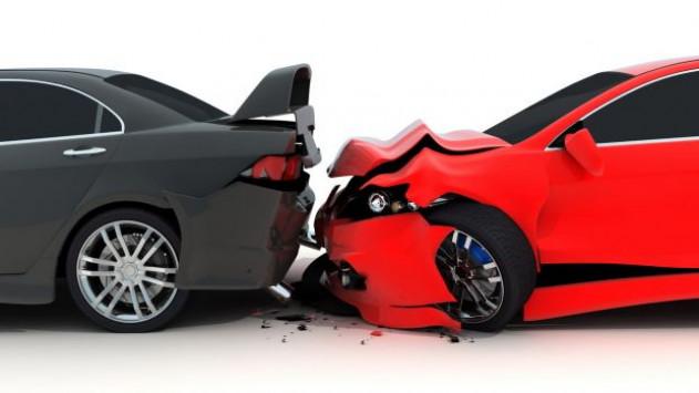 Κύκλωμα απατεώνων σκηνοθέτησε πάνω από 300 τροχαία ατυχήματα! - Φωτογραφία 1