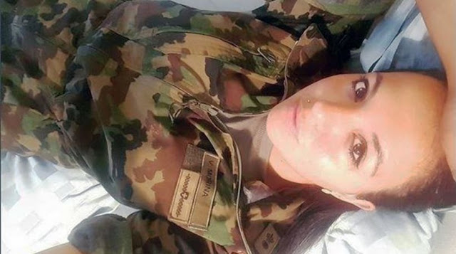 Πονοκέφαλος για τον ελβετικό στρατό οι selfies από τις όμορφες στρατιωτίνες - Φωτογραφία 1