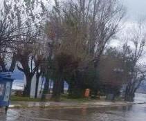 Σε... ποτάμια μετατράπηκαν οι δρόμοι από τη σφοδρή βροχόπτωση - Προβλήματα σε Ρίο, Καστελλόκαμπο - Φωτογραφία 1