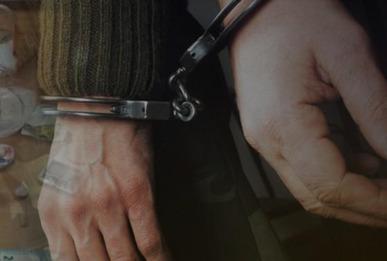 Ηράκλειο: Θα έριχναν στις πιάτσες των ναρκωτικών ποσότητα ηρωίνης [photos] - Φωτογραφία 1