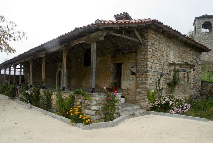 Στο πιο πλούσιο χωριό της Ελλάδας δεν υπάρχει κρίση και ανεργία. Δείτε γιατί οι 700 κάτοικοι του χωριού ζουν σαν... κροίσοι [photos] - Φωτογραφία 16