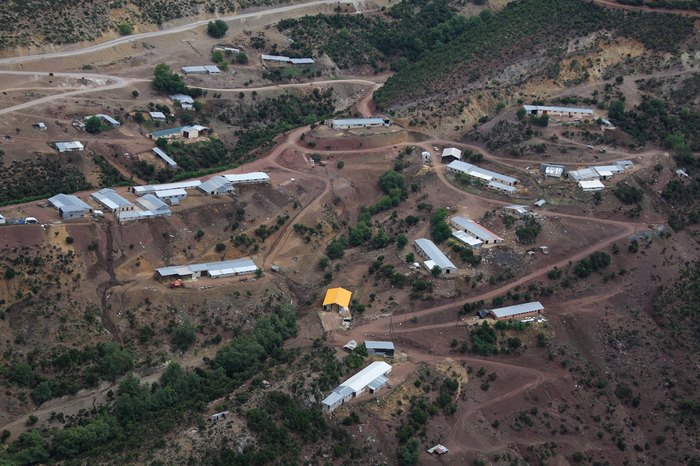Στο πιο πλούσιο χωριό της Ελλάδας δεν υπάρχει κρίση και ανεργία. Δείτε γιατί οι 700 κάτοικοι του χωριού ζουν σαν... κροίσοι [photos] - Φωτογραφία 9